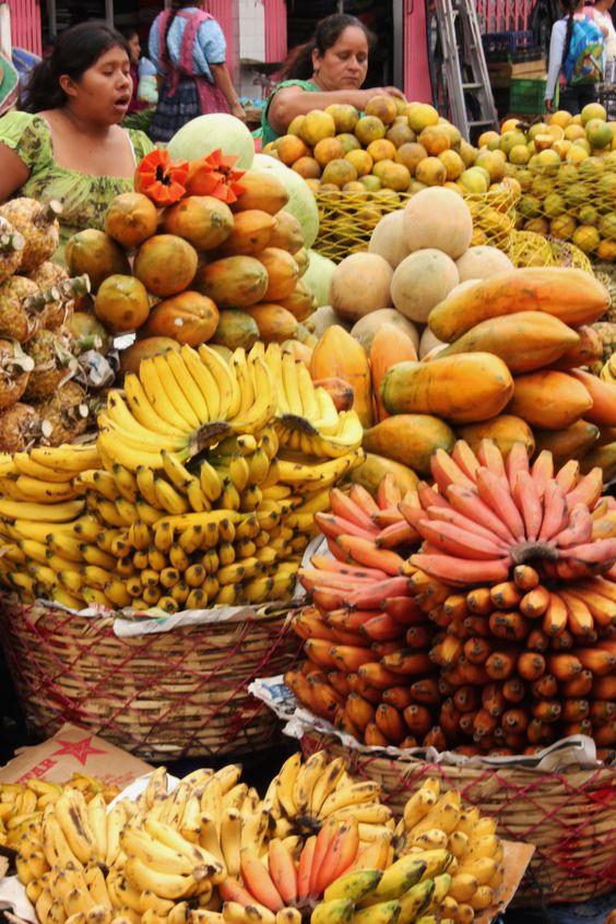 market-in-quetzaltenango-xela-guatemala-by-melissa-denchak